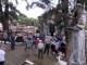Cemitério da Lapa teve movimento intenso no Dia de Finados